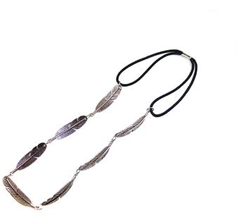 Haarband veren metaal zilver